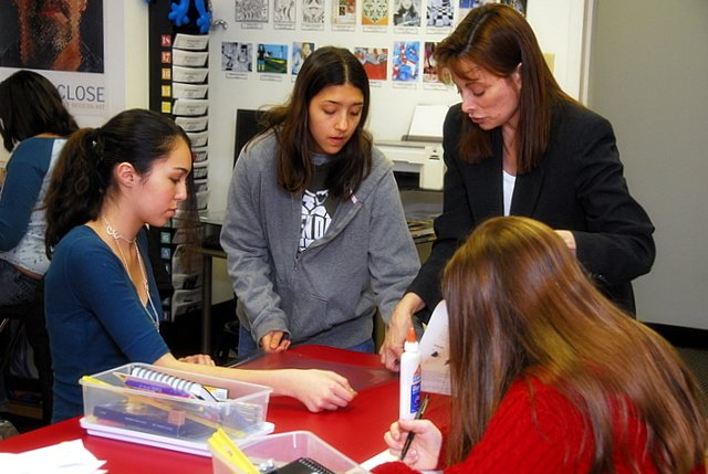 Cherry Court Studios offers art classes tailored for students in grades 6-12.